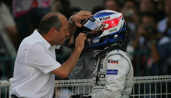 Ron Dennis knows a good driver when he sees one too and pouched Railkkonen from Sauber. Here Dennis is telling Kimi thank you for winning the Japan GP back in 2005. The Fin did it from staring P20...